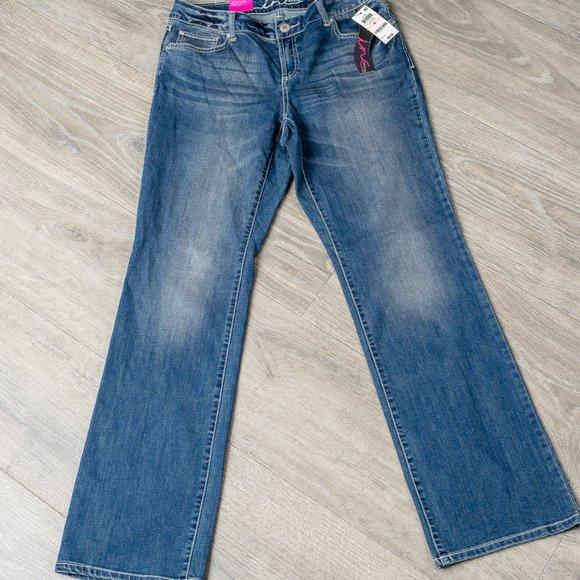 NWT INC Jeans - sz 10- boot cut/curvy fit